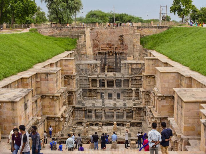 free-shooting-and-photography-can-be-done-in-200-ancient-monuments-Valsad-ValsadOnline